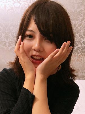エロ速報!!!≪女優の平○友梨奈似≫19歳♪天然…